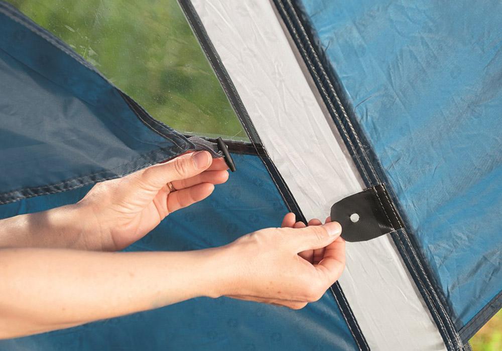 Прозорци с покривала на антрето четириместна палатка Outwell Earth 4