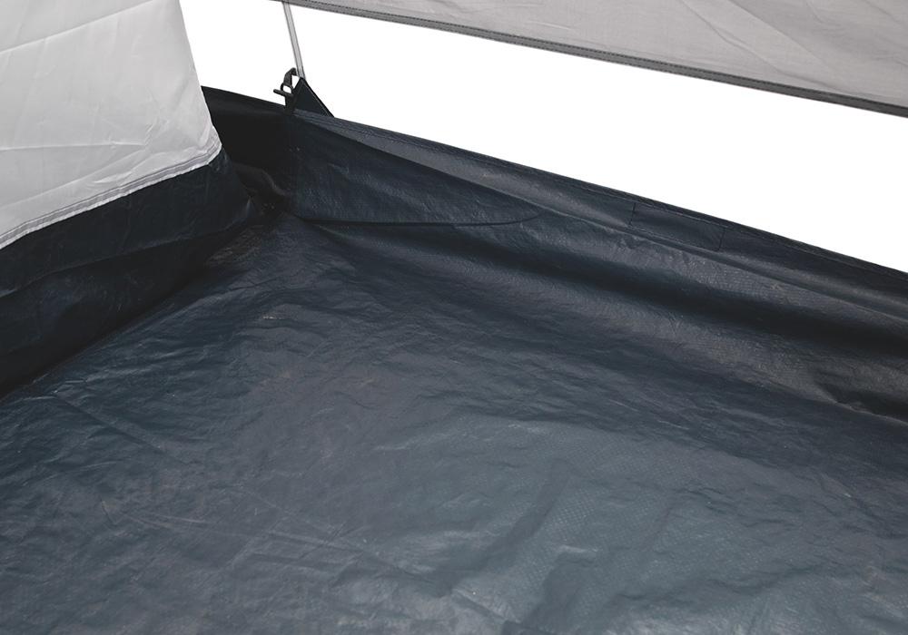 Повдигнат под в антрето на четириместна палатка Easy Camp Huntsville 400 2018