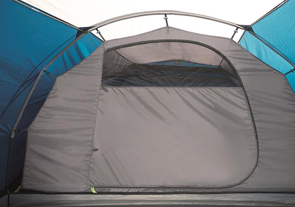 Спално в триместна палатка Outwell Cloud 3 модел 2019