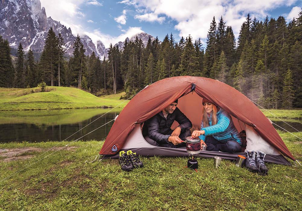 На къмпинг с двуместна палатка Robens Boulder 2 2019