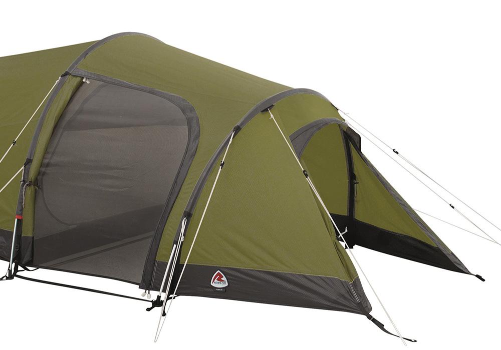 Антре и вход на Триместна туристическа палатка Robens Voyager 3EX
