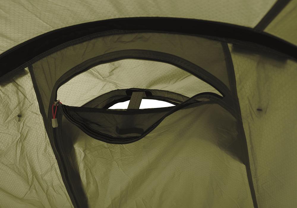 Вентилационни отвори Триместна туристическа палатка Robens Voyager 3EX
