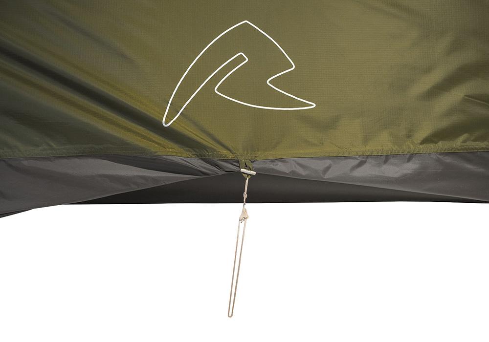 Вентилация в основата на Триместна туристическа палатка Robens Voyager 3EX