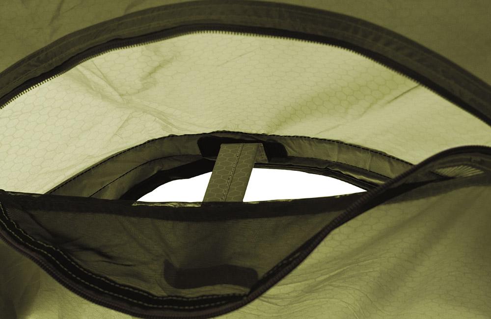 Вентилационни отвори отпред, отзад и отдолу